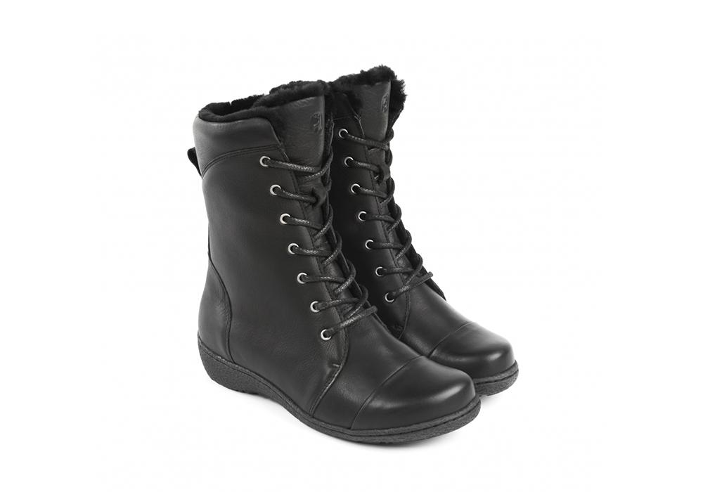 Extra breda skor och kängor